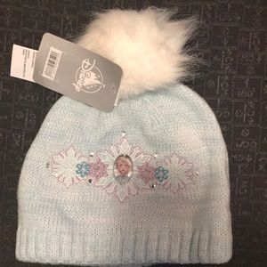 Elsa Frozen knit hat